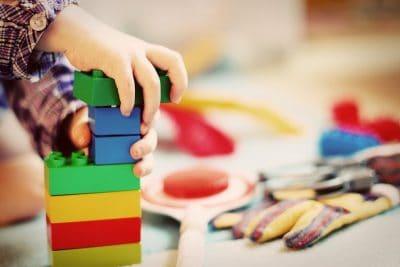 Tweedehands speelgoed- en kinderkledingmarkt